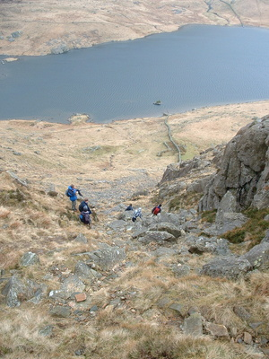 Steep descent to Llyn Idwal
